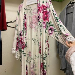 PinkBlushMaternity robe